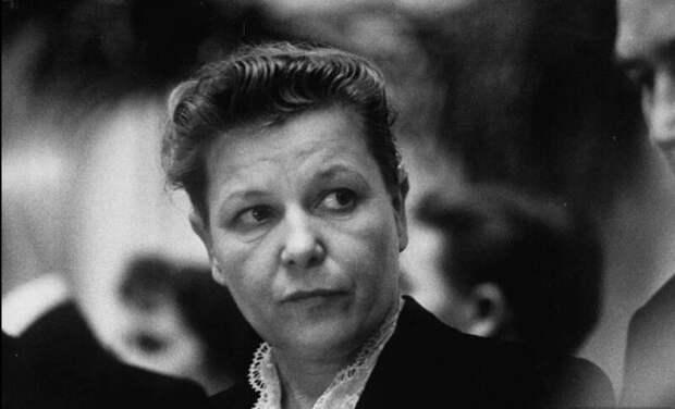 Черный список Екатерины Фурцевой: как министр культуры СССР портила жизни артистам