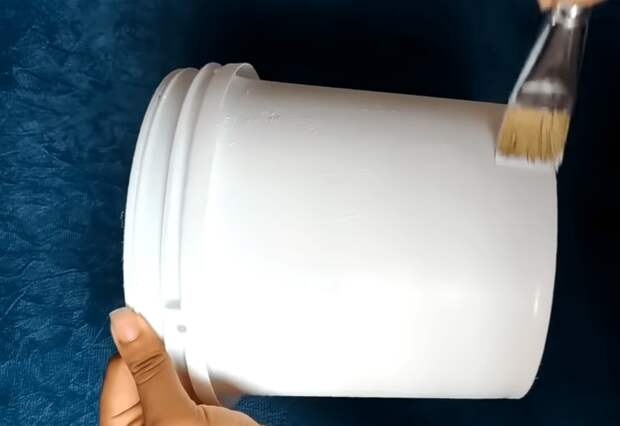 Неожиданно нужная и полезная вещица из обычного пластикового ведерка