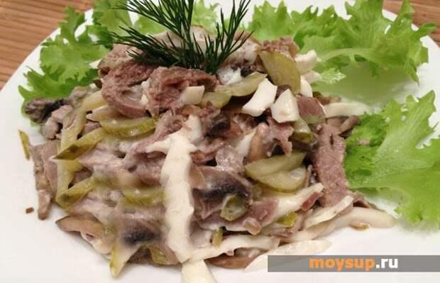 Салат с говяжьим языком и грибами — побалуйте себя деликатесом!