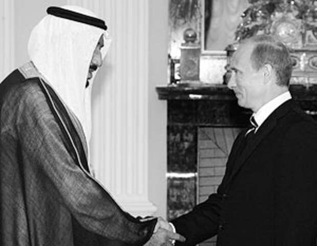 В рамках ПМЭФ состоится встреча Владимира Путина с министром обороны Саудовской Аравии