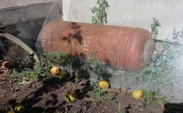 Печь, казан и мангал: сразу 3 в 1. Сделали из обычного старого газового баллона