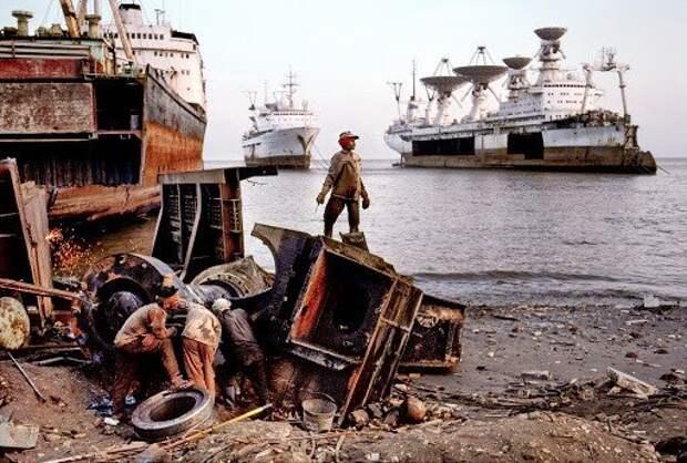 Последнее пристанище гордости советского космического научного флота – НИС «Космонавт Юрий Гагарин»