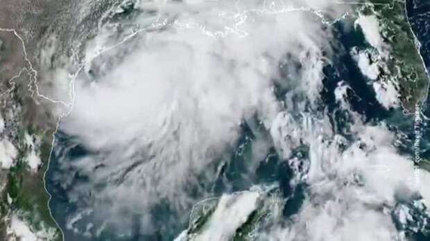 Погода 24. Ураган смешал Трампу карты