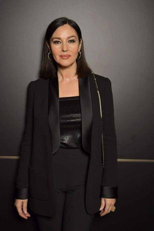 Прекрасная и знаменитая итальянская актриса и фотомодель не раз входила в топ самых красивых людей планеты по версии различных изданий.