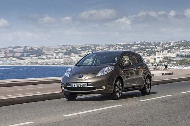 Nissan Leaf. Производство Англия. Цена не определена. Продажи в Европе с 2016 года.