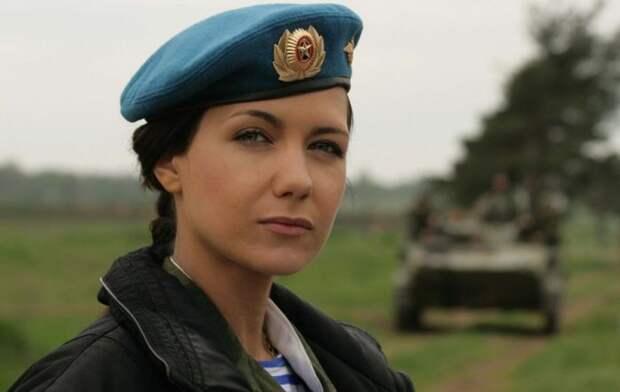 От тайги до британских морей ... : Лица девушек из Российской армии