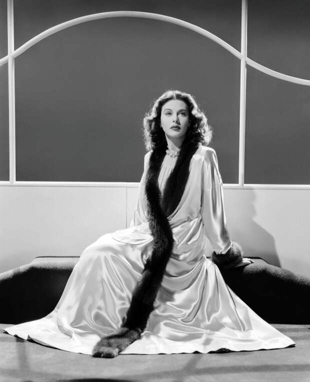 Хеди Ламарр - первая актриса эротического фильма в истории