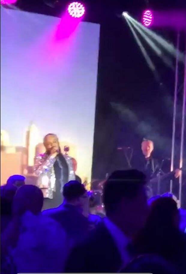 Киркоров спел насамой дорогой свадьбе Челябинска