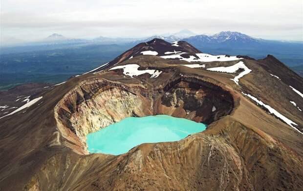 13. Вулкан Малый Семячик, полуостров Камчатка, Россия в мире, озеро, природа