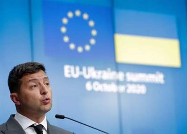Ukrainian President Volodymyr Zelensky gives a press conference at the end of an EU-Ukraine Summit at the European Council in Brussels, Belgium, October 6, 2020. Stephanie Lecocq/Pool via REUTERS
