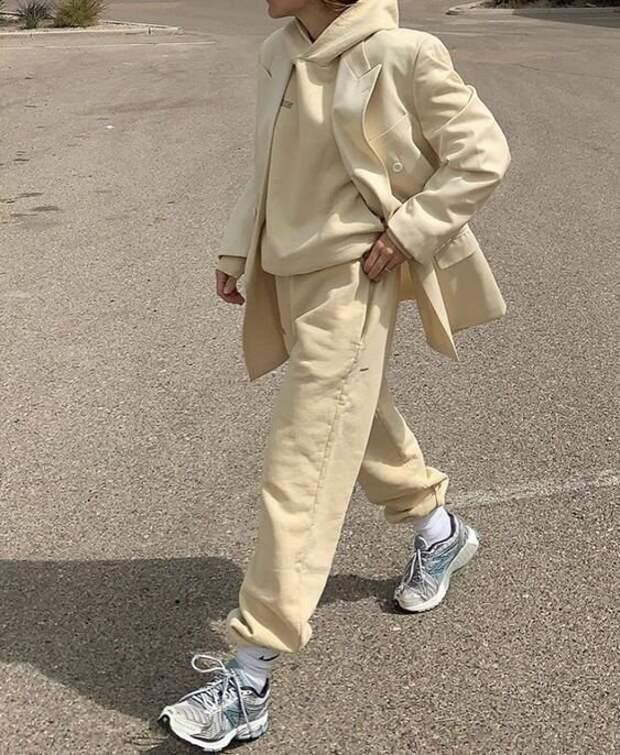 Спортивные костюмы – уютный тренд, которые сейчас носят все