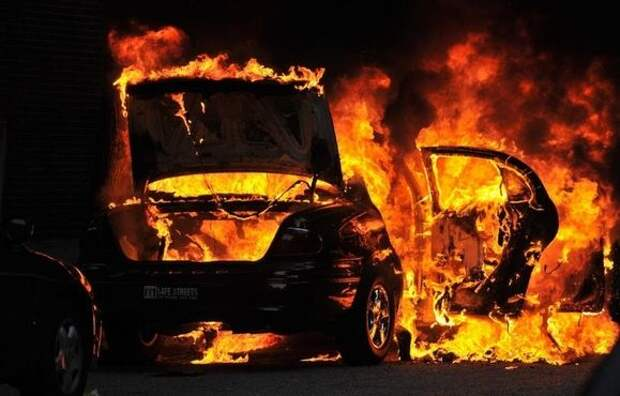 Водитель BMW трагически погиб в Крыму