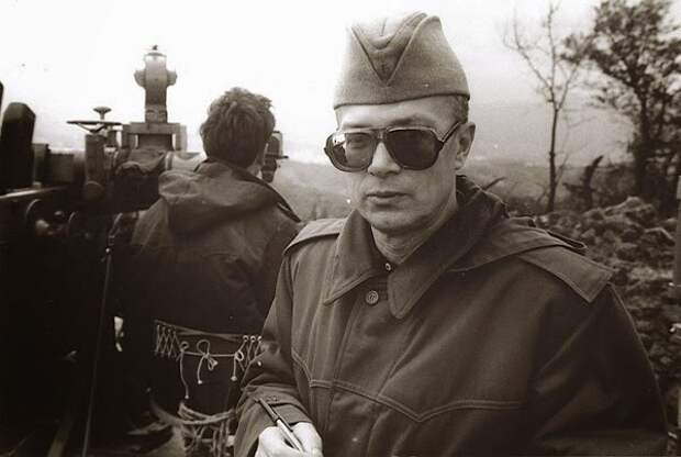 Эдуард Лимонов на  Боснийской войне, 1993 год.