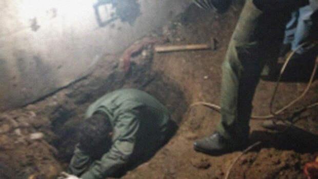 Тело пропавшей под Орлом школьницы нашли в подвале, в убийстве подозревают соседа