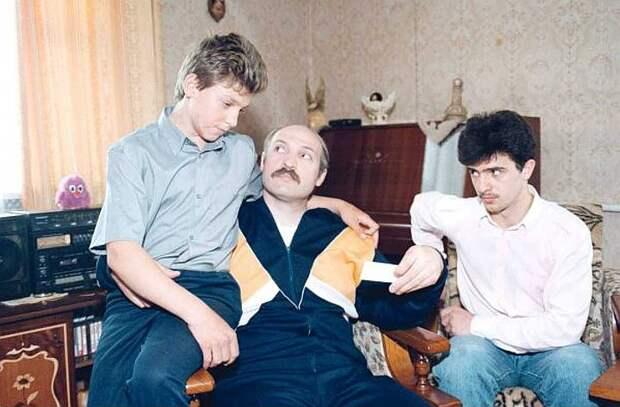 Старшие сыновья Лукашенко Виктор и Дмитрий, по его словам, совершенно не рвутся во власть. Фото: EAST NEWS