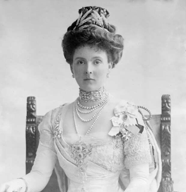 4 члена британской королевской семьи, которые дожили до 95 лет