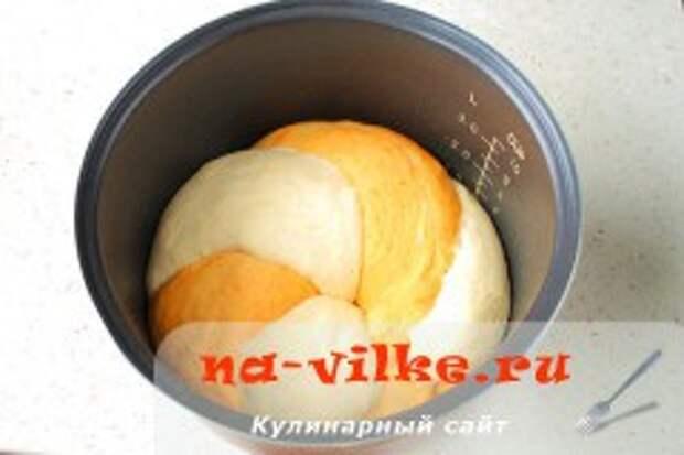 Хлеб с паприкой в мультиварке