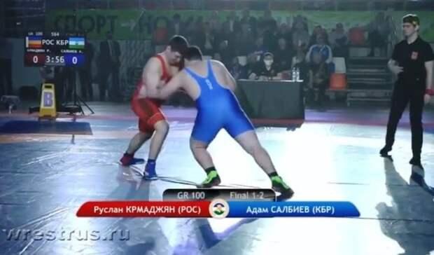 Спортсмен изКБР взял «золото» напервенстве России погреко-римской борьбе