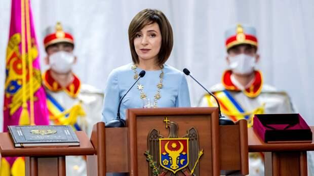 Санду обвинила парламент Молдавии в попытке узурпации власти