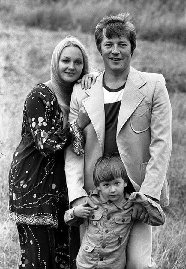 Евгений Жариков и Наталья Гвоздикова. Одна из самых красивых пар советского кино