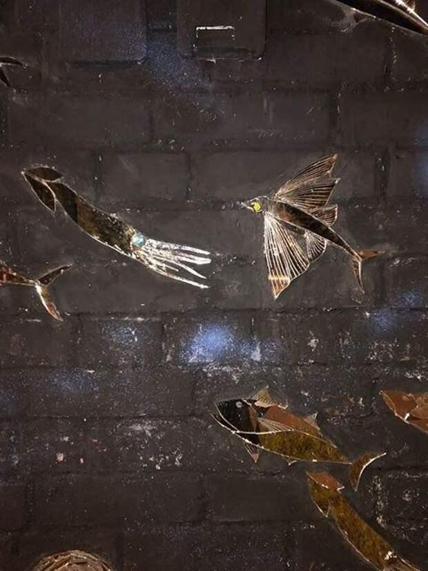 Редакция «Петровского парка» расследует «дело о стеклянных рыбах»