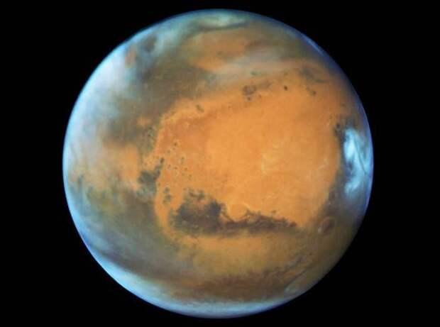 Уникальные данные с Марса: ученые смогли заглянуть в недра «красной планеты» (фото)