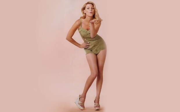 Самые прекрасные современные актрисы: Элизабет Бэнкс