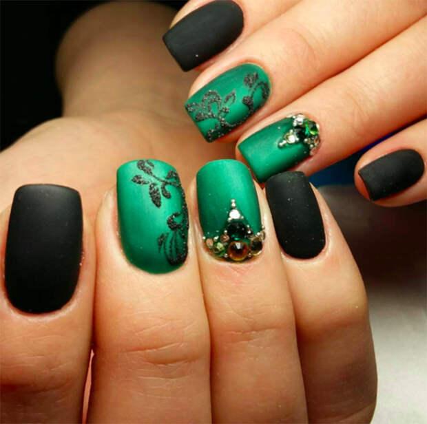 Nails30