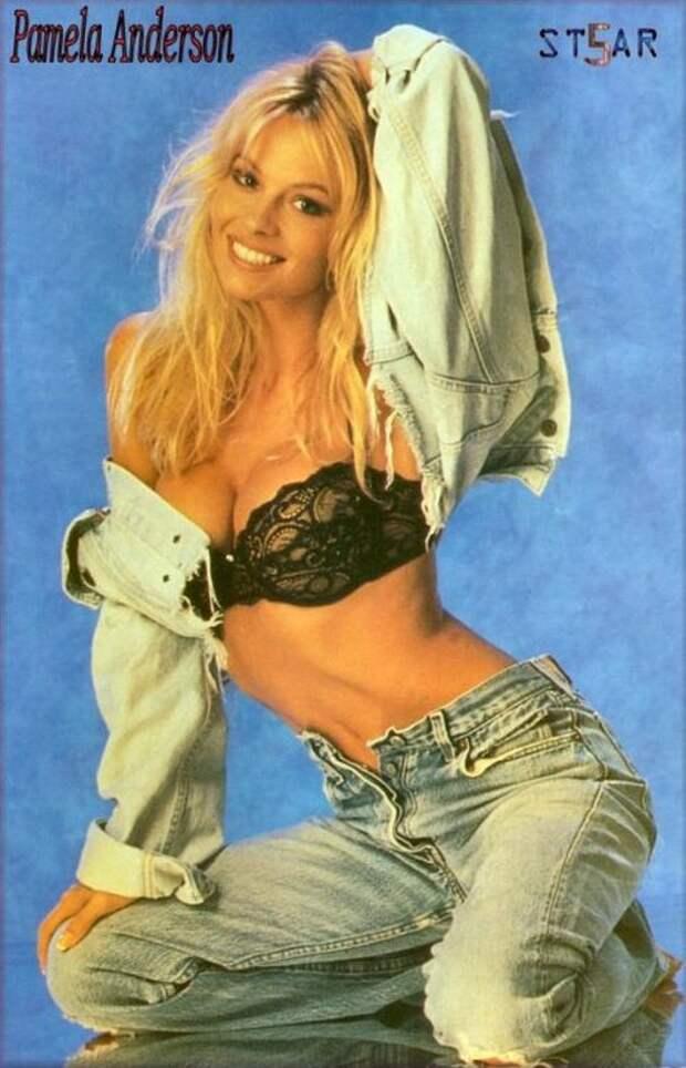 Секс-бомба 90-ых Памела Андерсон в молодые годы.