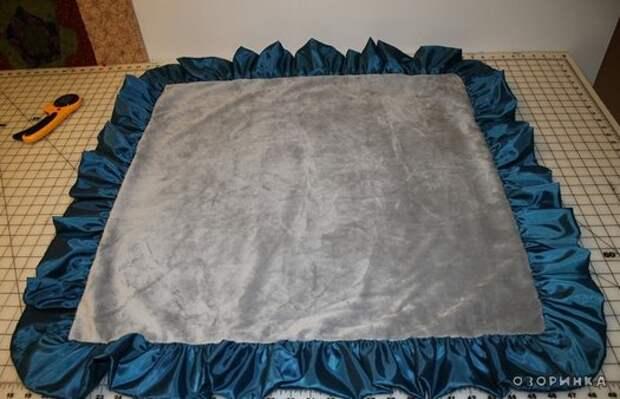 обшитые края одеяльца 2
