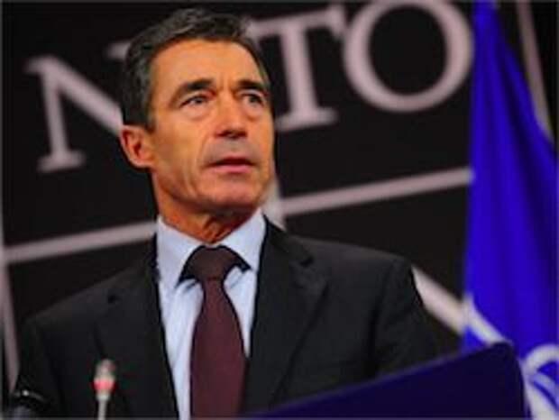 Новость на Newsland: НАТО осуждает въезд российского конвоя на Украину
