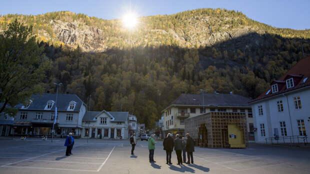 5 фото итальянской деревни Виганелла, где светит искусственное солнце