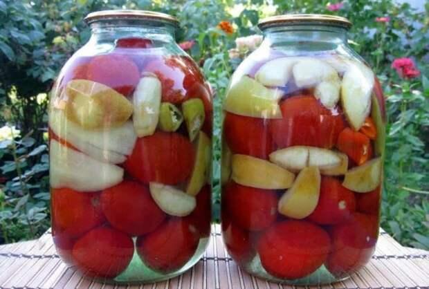 Помидорчики с яблоками на зиму