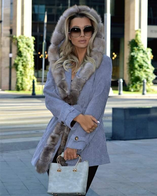 Пальто с капюшоном 2020 — тренд нового сезона: 8 стильных доказательств