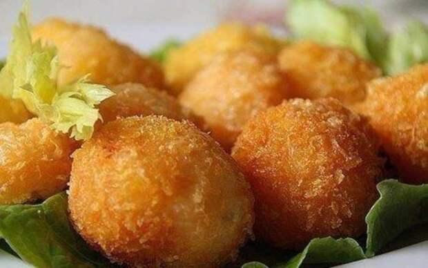 Румяные картофельные пышки. \ Фото: bientasty.ru.