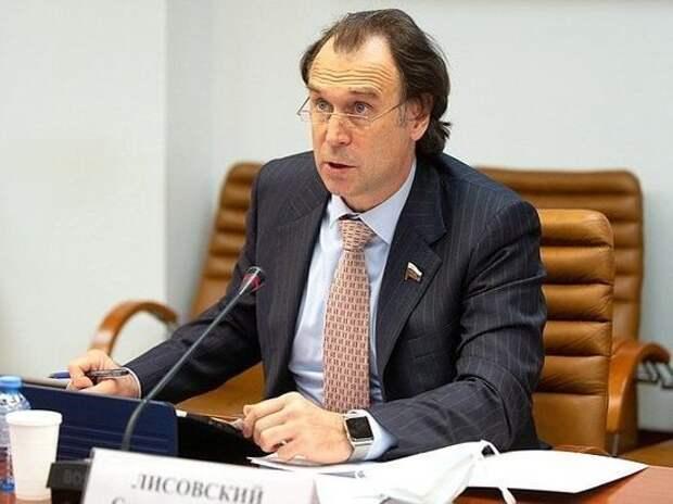 Лисовский назвал обвинения Данкверта во взятке