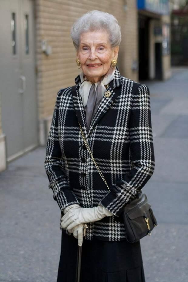Столетняя модница Рут выглядит как истинная леди. Фото: <a href=