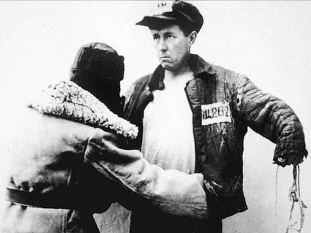 Как командир Александра Солженицына спас его от расстрела