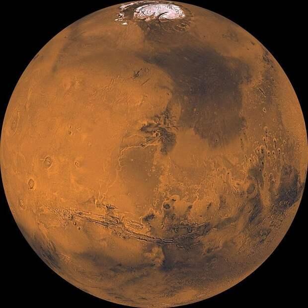 На Марсе специалисты NASA обнаружили гигантскую вращающуюся спираль света