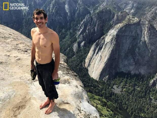 31-летний Алекс Хоннольд стал первым человеком, покорившим гору Эль-Капитан без страховки Эль-Капитан, гора, скалолаз