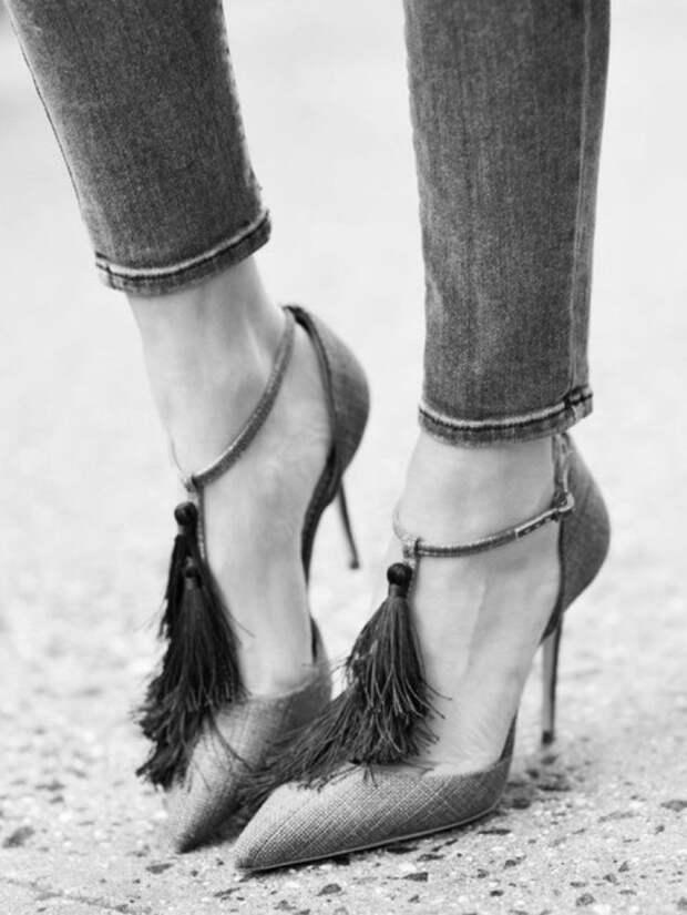 Туфли с кисточками