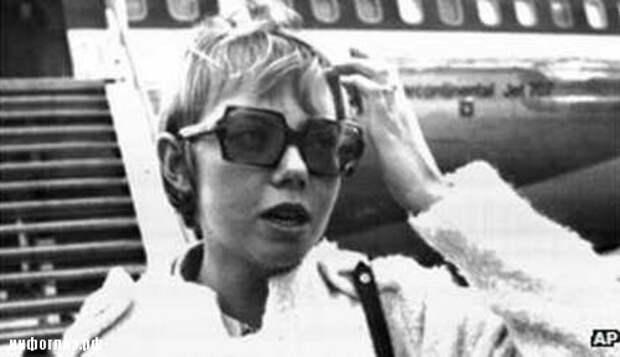 Она выжила во время аварии самолета, в котором летела, и пережила свободное падение с высоты более чем в 3000 метров. А что было потом?