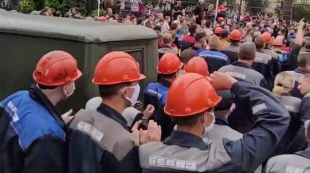 Пролетариат заставил Лукашенко отступить