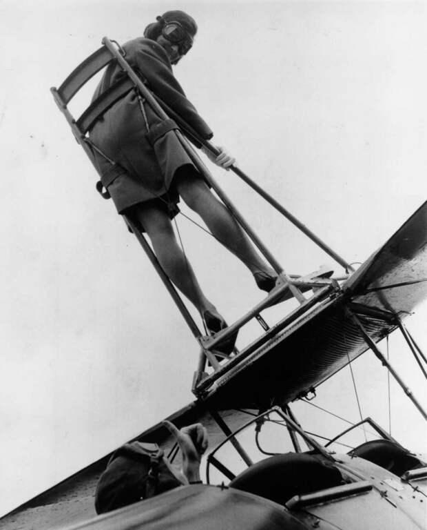 Профессия не для слабонервных: Ходоки по крыльям самолетов