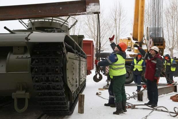 Уральские металлурги воссоздали танк Т-35