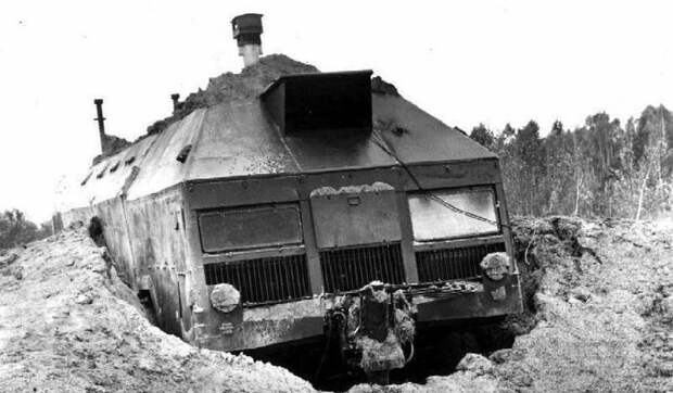 Бункер на колёсах. Защищённая машина «Редут» защищённая машина для пунктов управления «Редут», рассказы об оружии, страницы истории