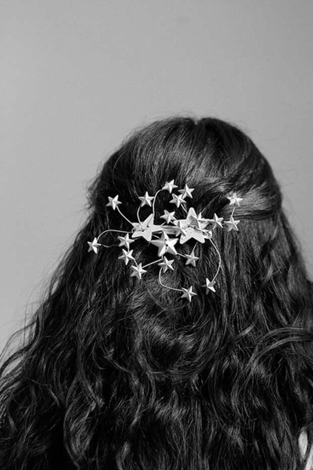 Аксессуары на Новый год: 4 беспроигрышных образа