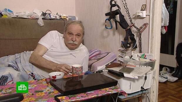 65-летнего инвалида с семьей выселяют из полученной по договору ренты квартиры