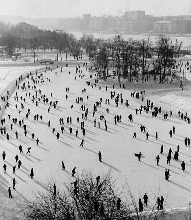 Зима всоветских ретро-фотографиях