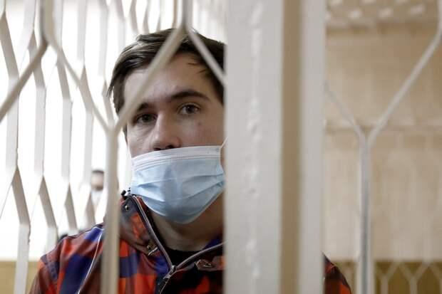 Вынесен приговор блогеру, в эфире у которого умерла девушка